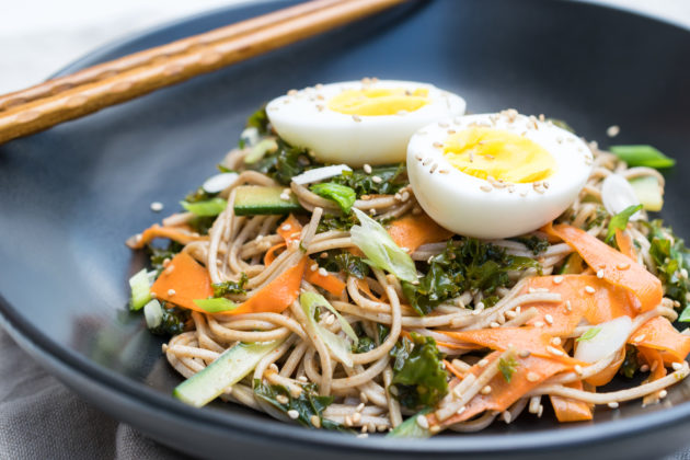 Marinated Kale with Buckwheat Noodles